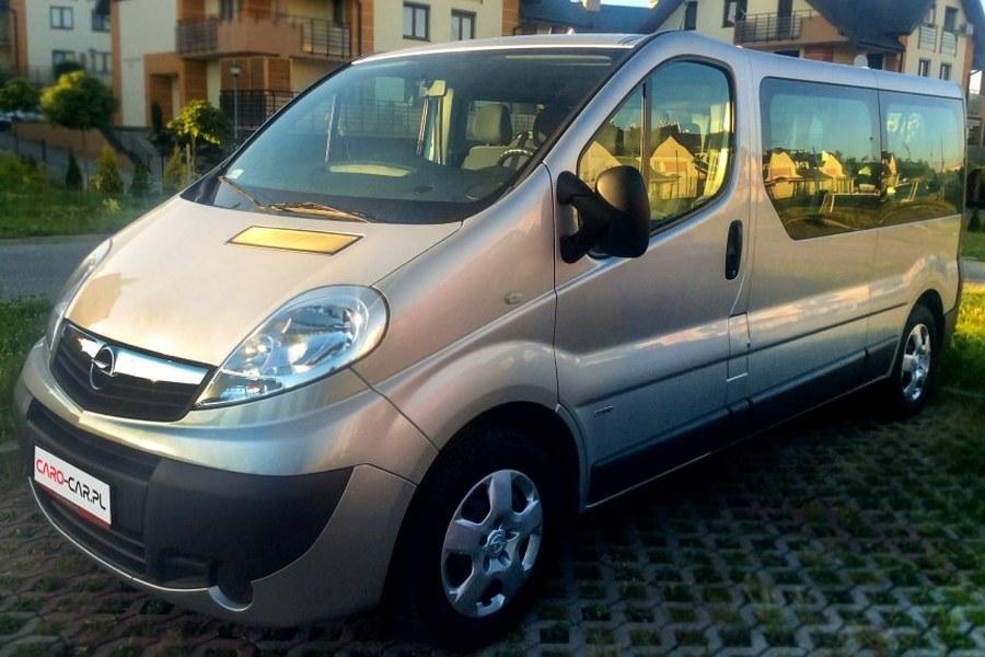 Opel Vivaro - Caro-Car Wynajem Busów Rzeszów